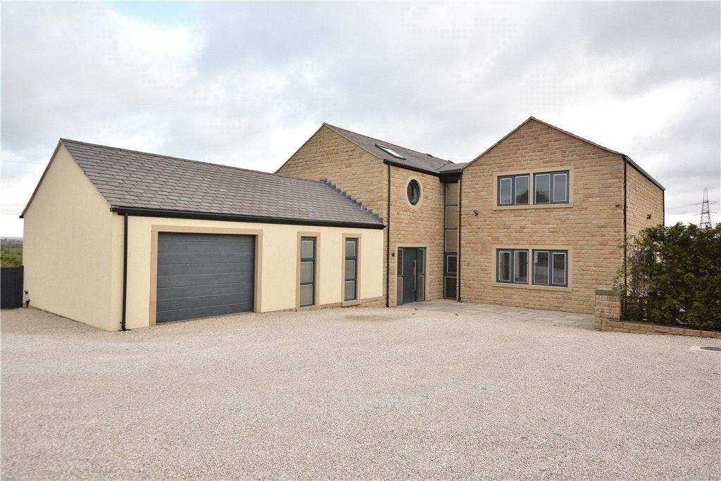 4 Bedrooms Detached House for sale in The Gables, Warmfield Lane, Warmfield, Wakefield, West Yorkshire