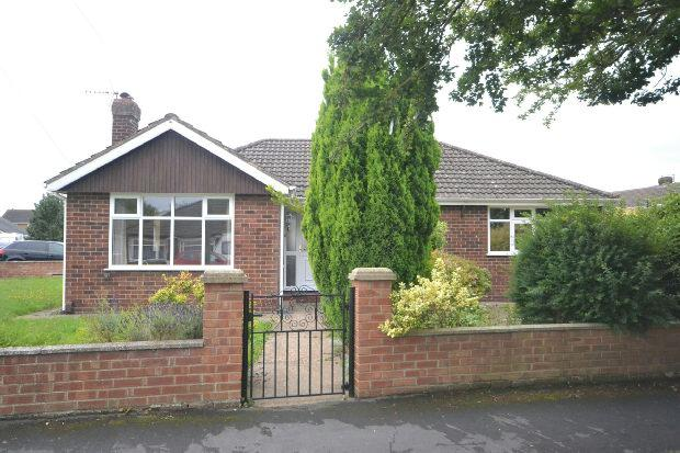 3 Bedrooms Detached Bungalow for sale in Grange Avenue, Laceby, GRIMSBY