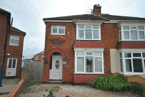 3 Bedrooms Semi Detached House for sale in Parris Place, CLEETHORPES