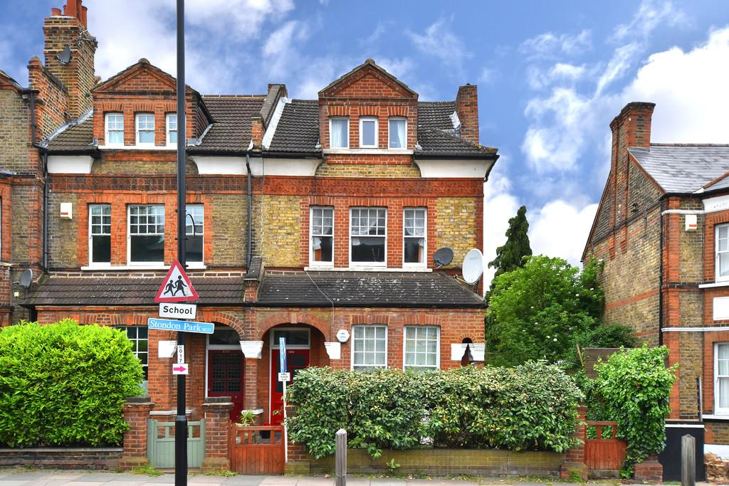 2 Bedrooms Flat for sale in Stondon Park SE23