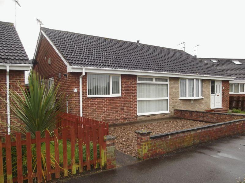 2 Bedrooms Semi Detached Bungalow for sale in Wensleydale, Hull
