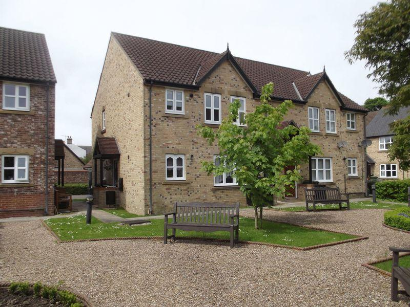 2 Bedrooms Apartment Flat for sale in John Gray Court, Willerby