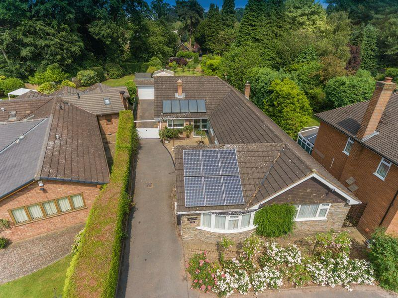 4 Bedrooms Detached Bungalow for sale in Wrottesley Road, Tettenhall, Wolverhampton