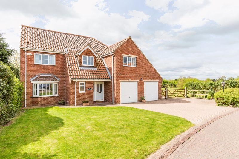 5 Bedrooms Detached House for sale in Prospect Mews, Misterton, DN10