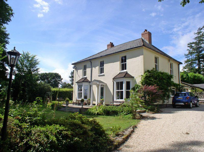 5 Bedrooms Detached House for sale in Highbury, Chagford