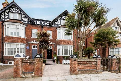6 bedroom semi-detached house for sale - Southsea, Hampshire