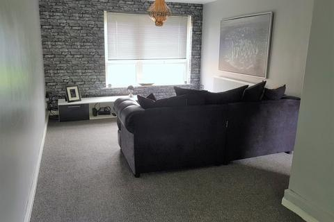2 bedroom apartment to rent - Margate Drive