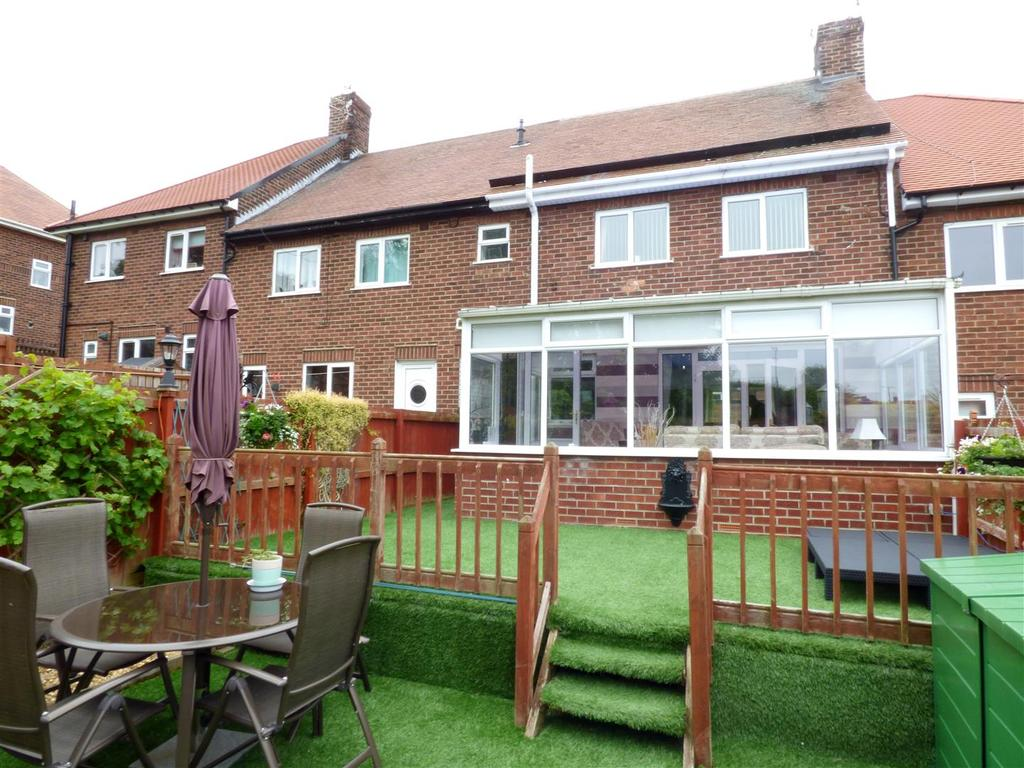 3 Bedrooms Terraced House for sale in Tudor Grove, Sunderland