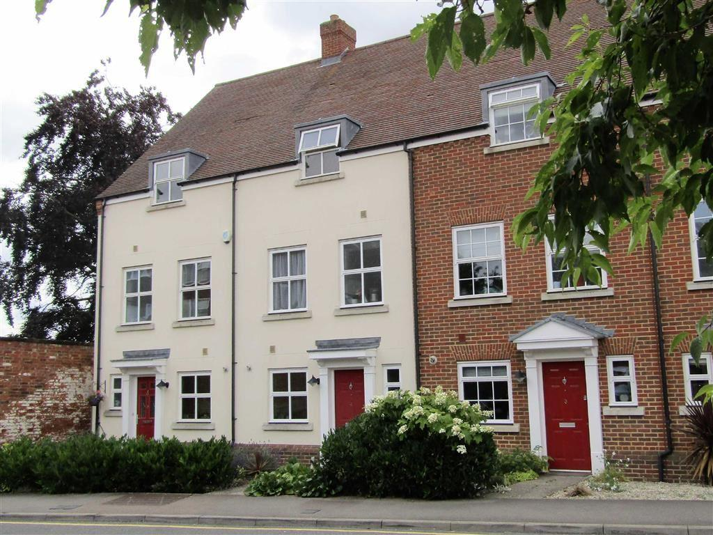 4 Bedrooms Town House for sale in Kitchen Garden Court, Hitchin, SG5