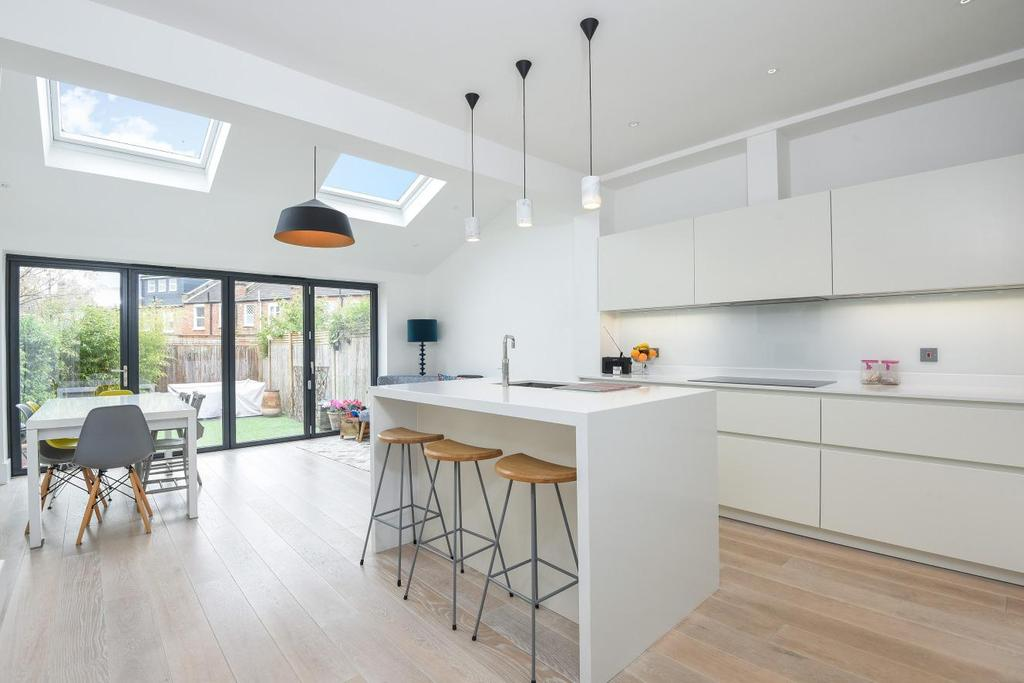 4 Bedrooms Terraced House for sale in Havelock Road, Wimbledon