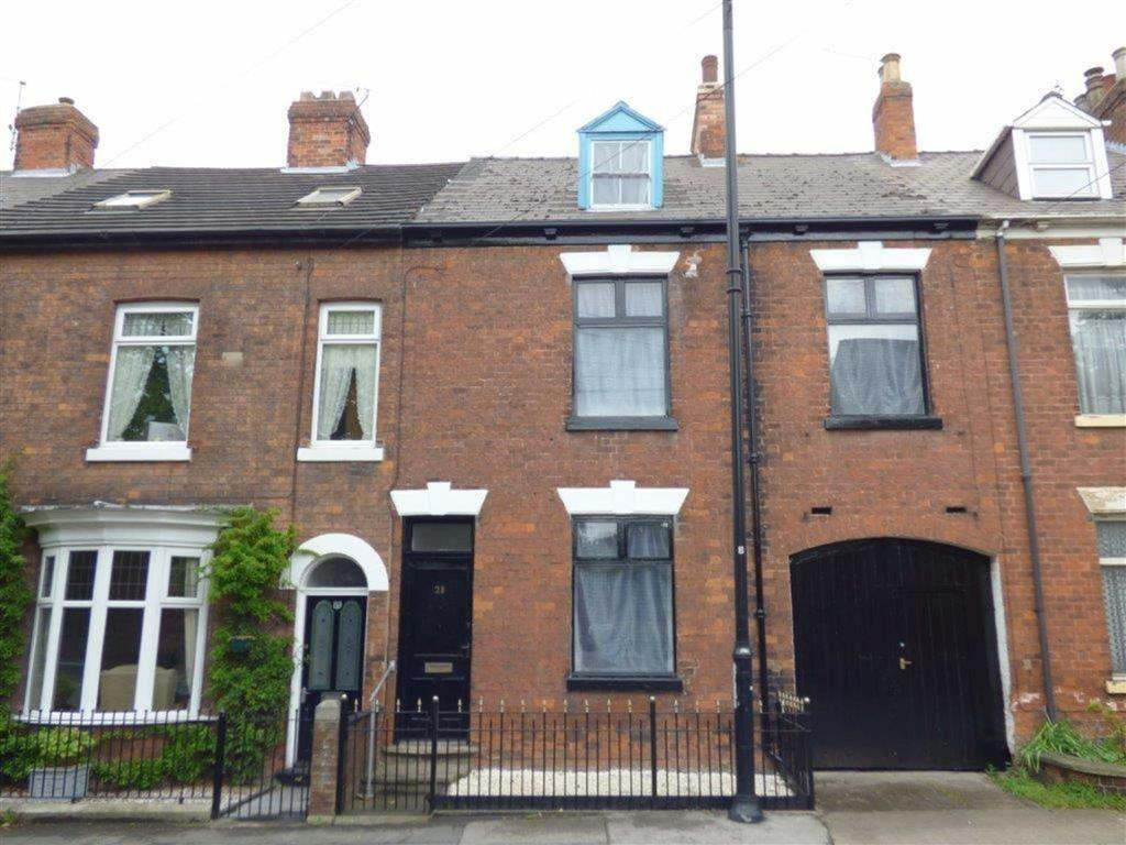 4 Bedrooms Terraced House for sale in College Street, Sutton Upon Hull, East Yorkshire, HU7