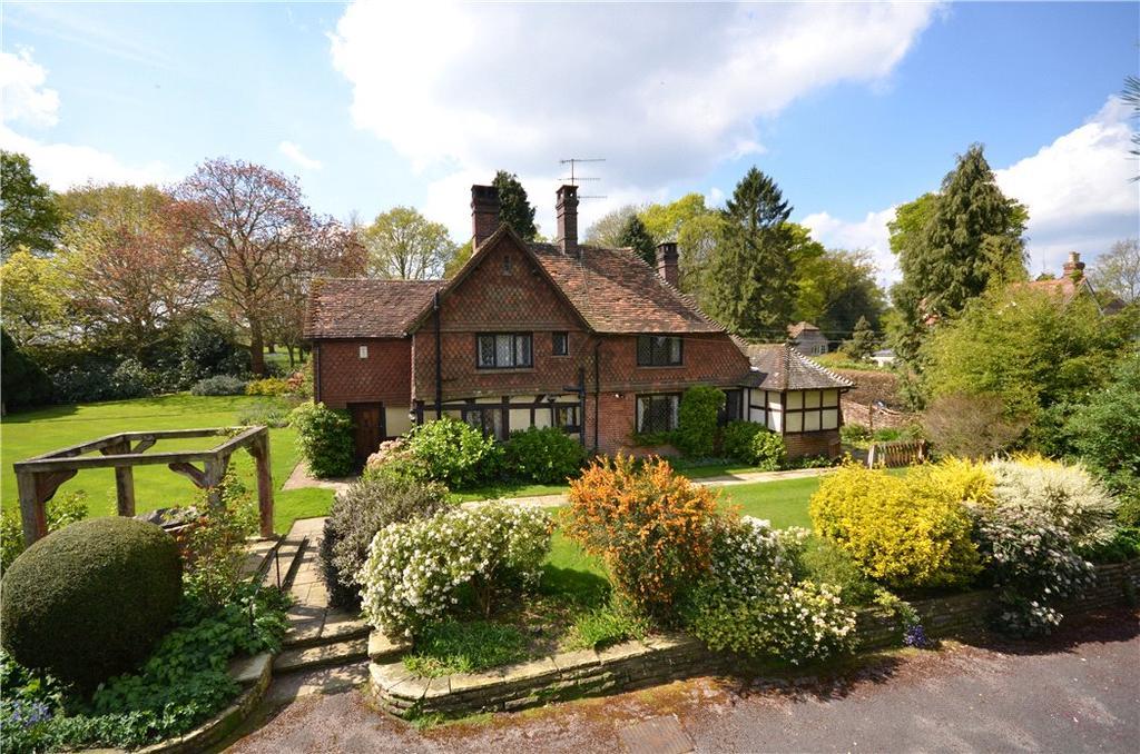 3 Bedrooms Detached House for sale in Baynards, Rudgwick, Horsham, West Sussex, RH12