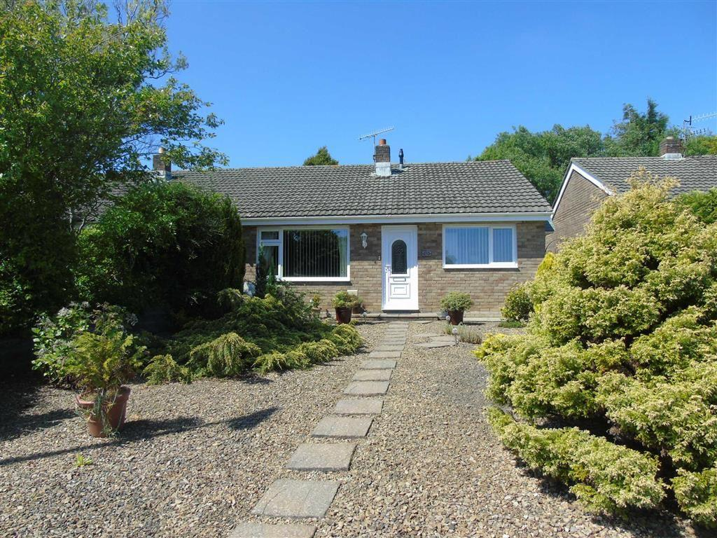 2 Bedrooms Semi Detached Bungalow for sale in Pennant Road, Swiss Valley, Llanelli