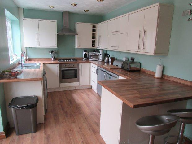 3 Bedrooms Terraced House for sale in LAZENBY ROAD, KING OSWY, HARTLEPOOL