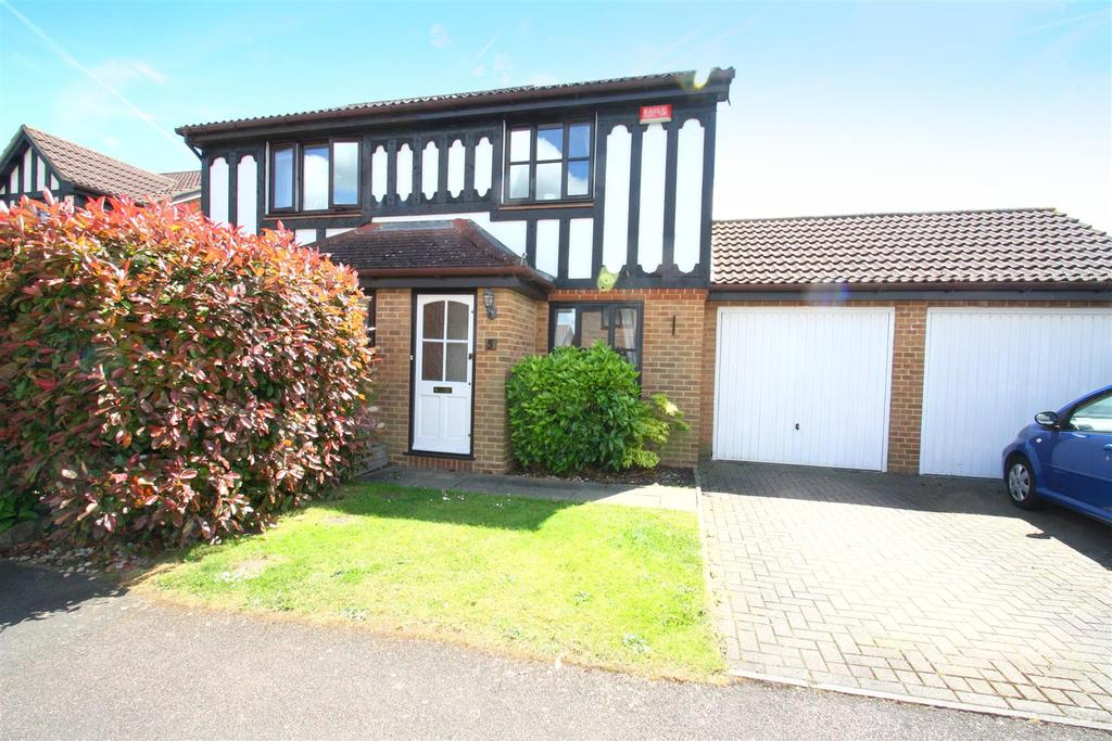 2 Bedrooms Semi Detached House for sale in The Weavers, Maidstone