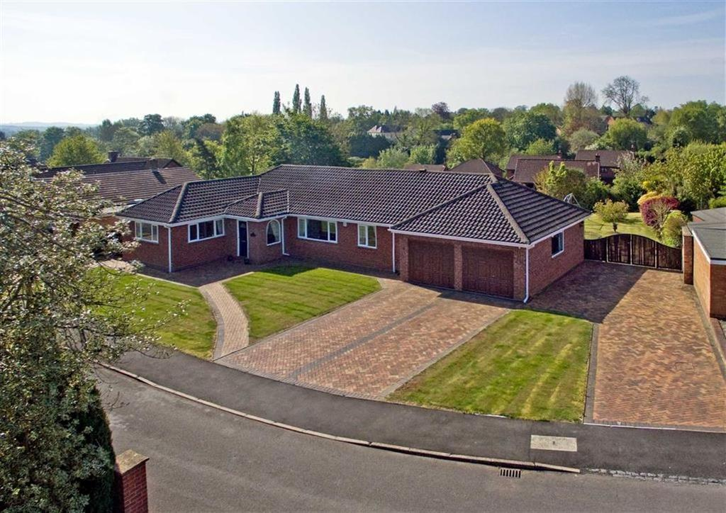 4 Bedrooms Detached Bungalow for sale in 12, Rosehill Drive, High Town, Bridgnorth, Shropshire, WV16