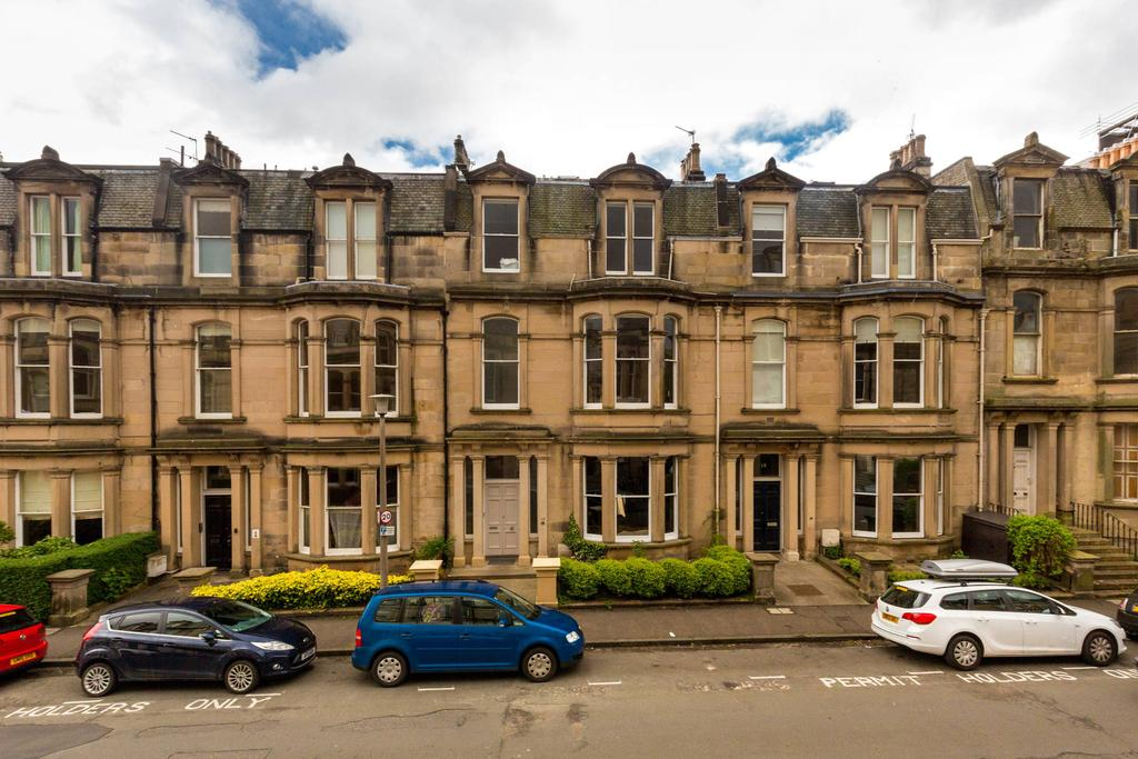 2 Bedrooms Flat for sale in 16/1 Blantyre Terrace, Merchiston, EH10 5AE