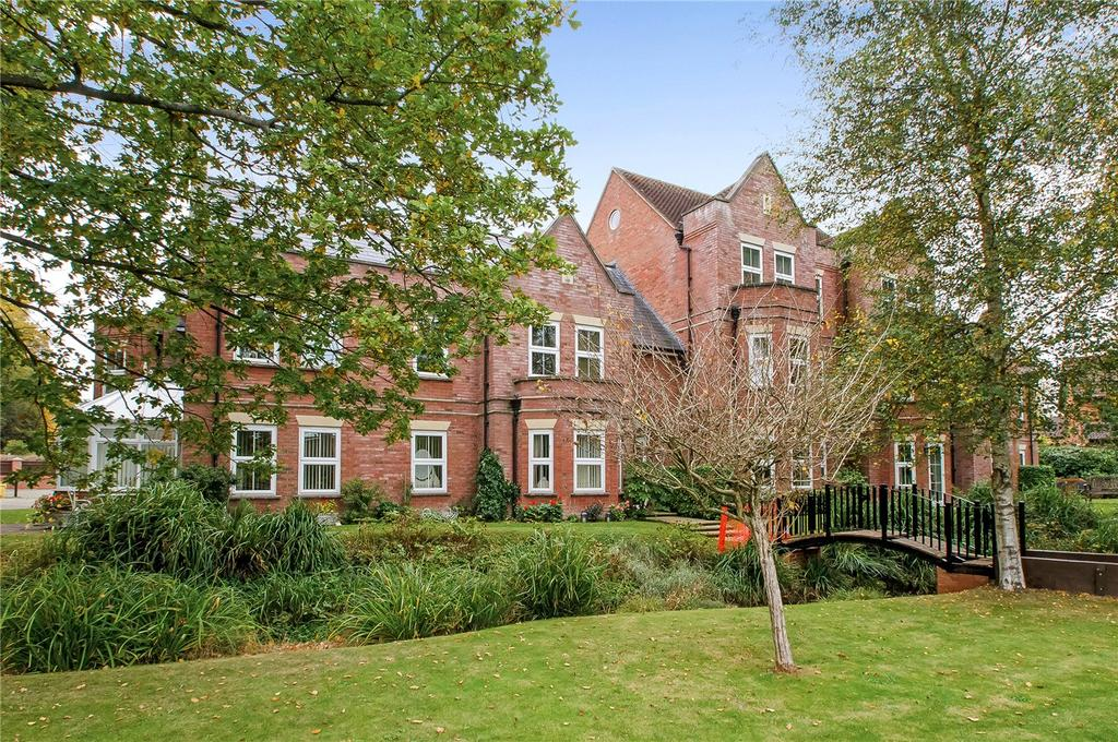 2 Bedrooms Flat for sale in Brooklyn Court, Main Road, Otterbourne, Winchester, SO21