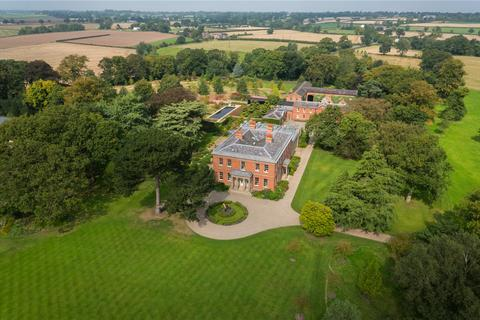 5 bedroom country house for sale - Hall Lane, Antrobus, Cheshire, CW9