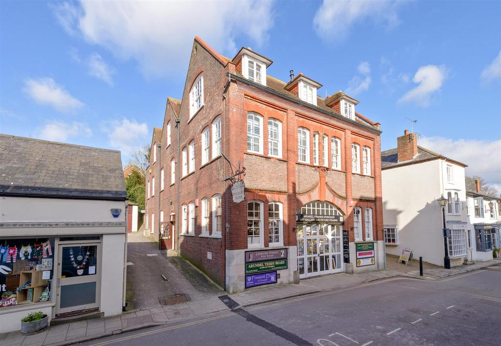 2 Bedrooms Apartment Flat for sale in Tarrant Street, Arundel