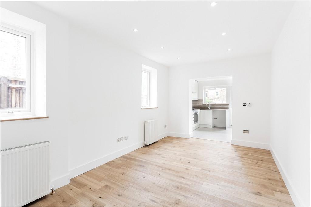 2 Bedrooms Flat for sale in Linzee Road, London, N8