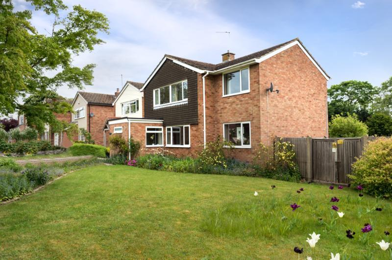 4 Bedrooms Detached House for sale in Mulberry Drive, Wheatley, Oxford