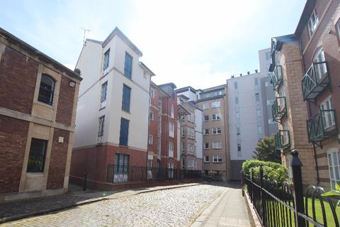 3 bedroom flat to rent - East Silvermills Lane, New Town, Edinburgh, EH3 5BG
