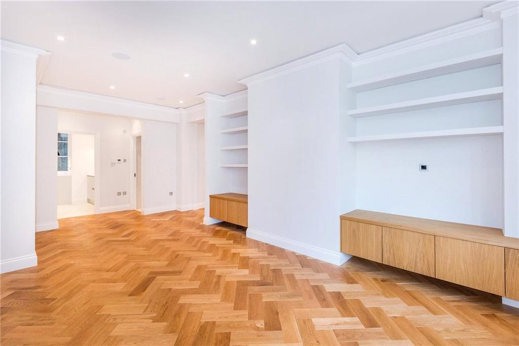 2 Bedrooms Flat for sale in Portland Place, Marylebone, London, W1B