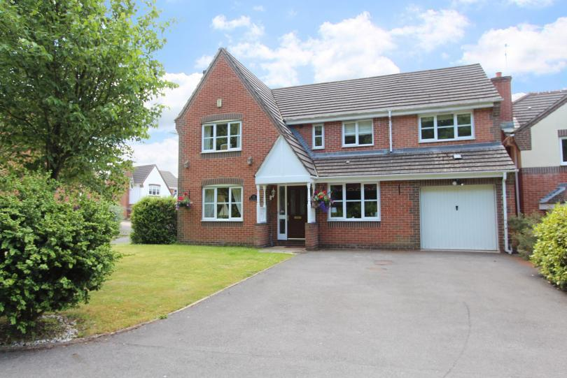 5 Bedrooms Detached House for sale in Wood End Way, Knightwood Park, Chandlers Ford