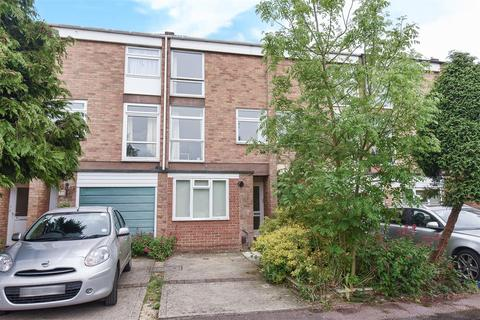 4 bedroom terraced house for sale - Harefields, North Oxford