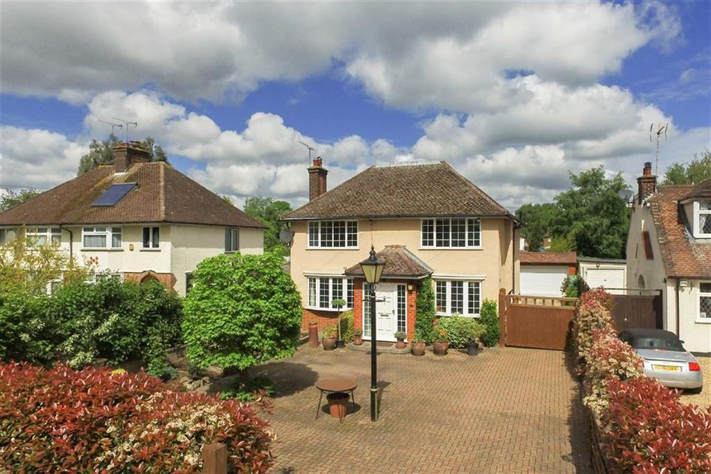 4 Bedrooms Detached House for sale in Sleapcross Gardens, St Albans, Hertfordshire