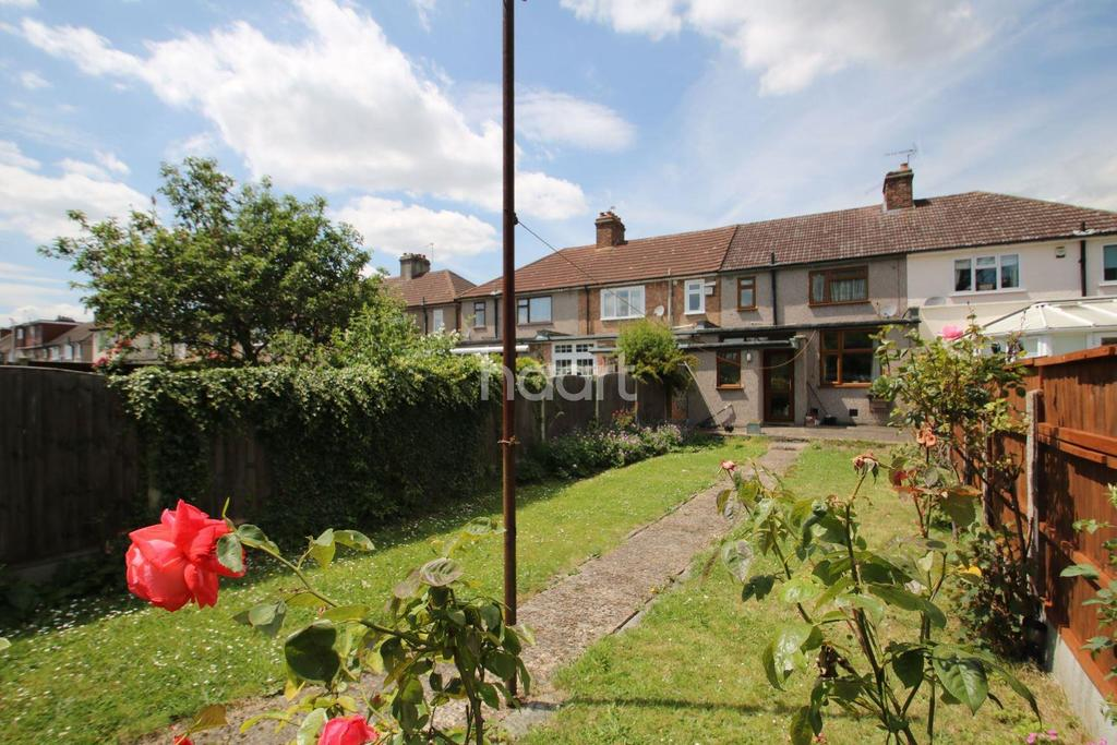 3 Bedrooms Terraced House for sale in Brentwood Road, Gidea Park
