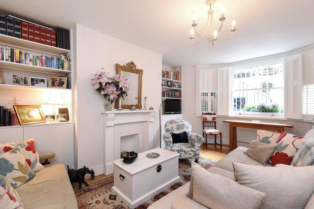 2 Bedrooms Flat for sale in Comeragh Road, Barons Court, W14