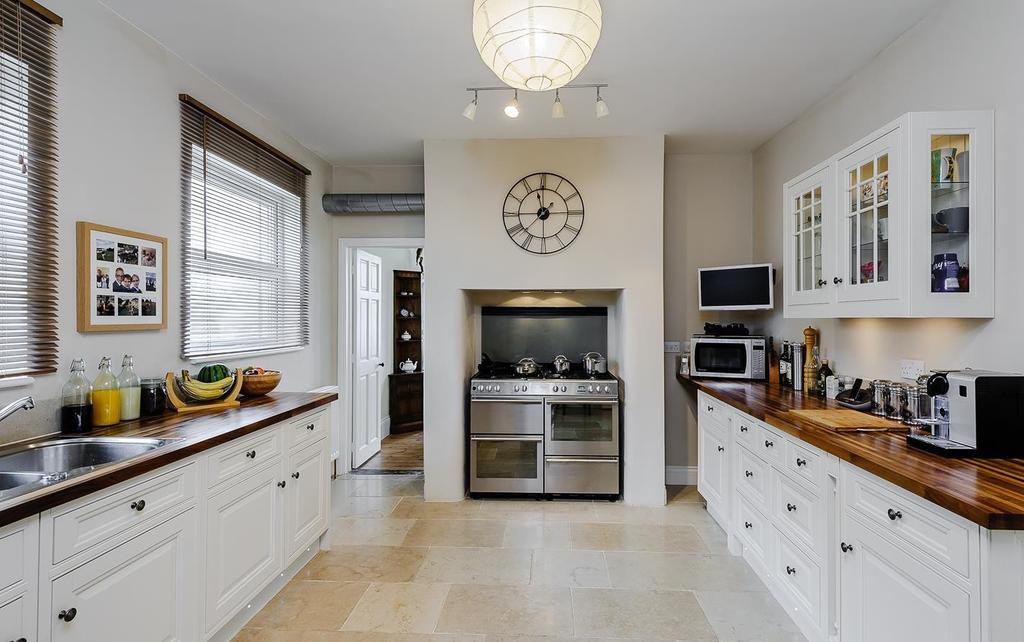 5 Bedrooms Detached House for sale in Albert Road, Witham, Essex, CM8
