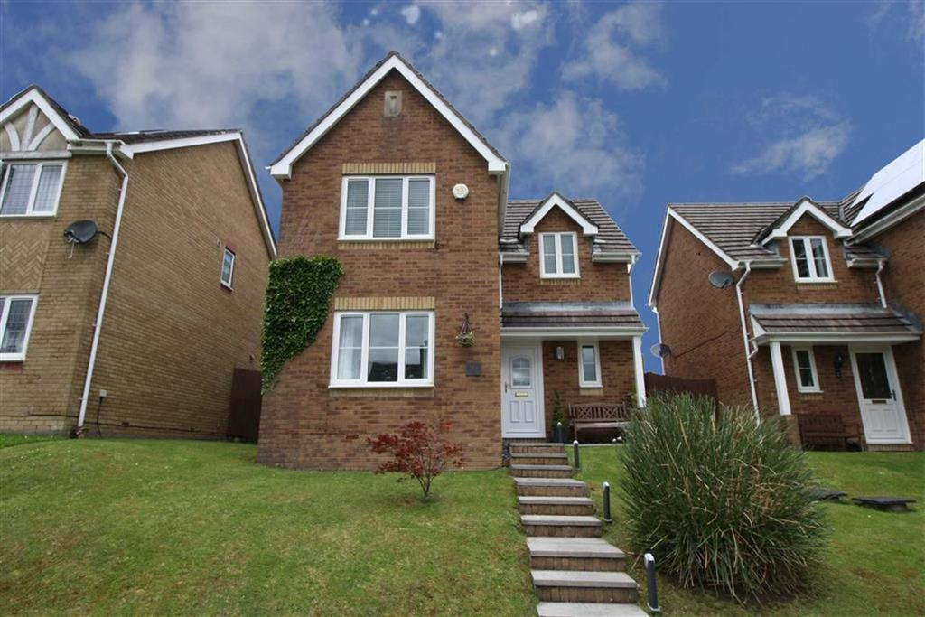 4 Bedrooms Detached House for sale in The Oaks, Landare, Aberdare