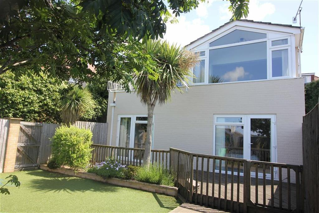 4 Bedrooms Detached House for sale in Downs Cote View, Westbury On Trym, Bristol