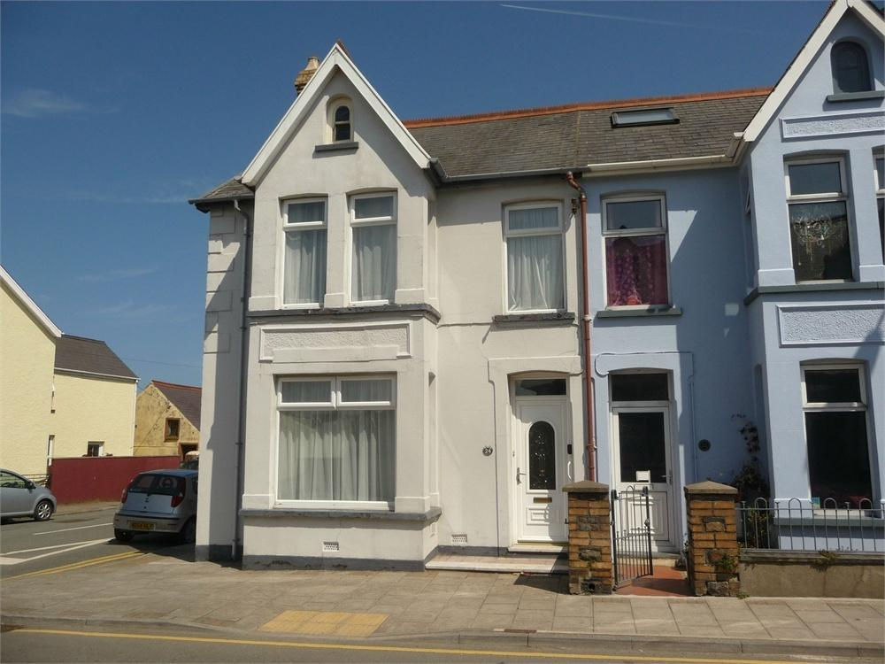4 Bedrooms End Of Terrace House for sale in 24 Vergam Terrace, Fishguard, Pembrokeshire