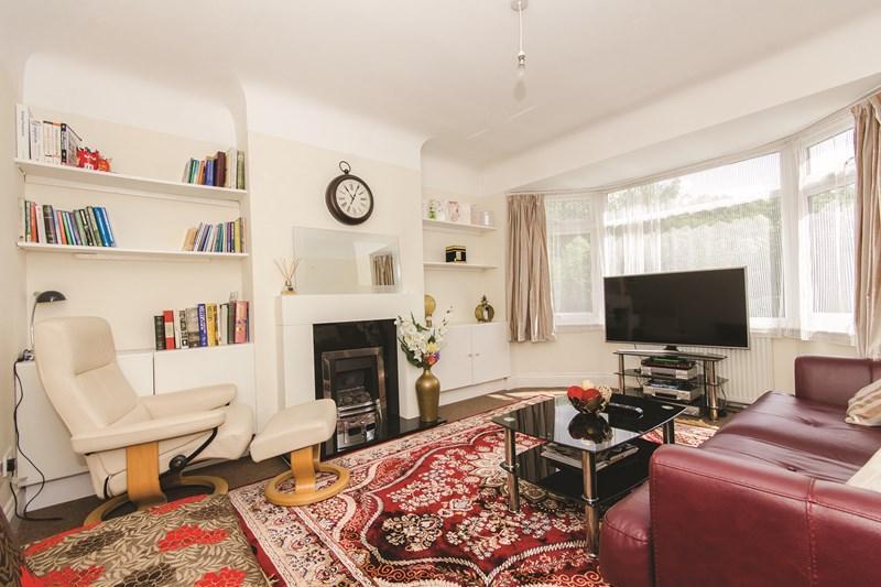1 Bedroom Maisonette Flat for sale in Rushgrove Avenue, London