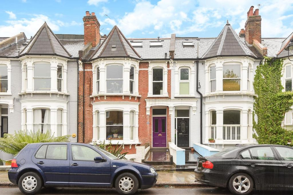 3 Bedrooms Flat for sale in Hillfield Road, West Hampstead, NW6