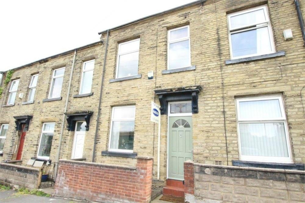 3 Bedrooms Terraced House for sale in Cross Street, OAKENSHAW, West Yorkshire