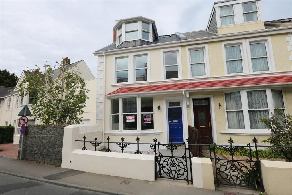 3 Bedrooms Semi Detached House for sale in Dunelm, Elm Grove, St Peter Port, TRP tbc