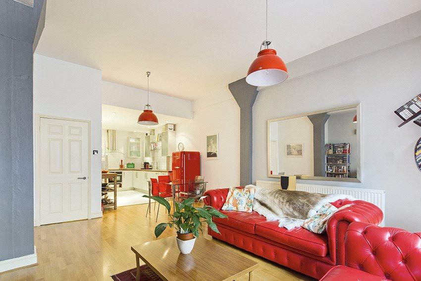 1 Bedroom Flat for sale in Breezers Court, 20 The Highway, Wapping, London, E1W