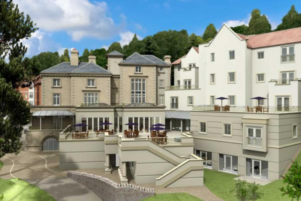 3 Bedrooms Flat for sale in Abbey Road, Malvern, Worcestershire