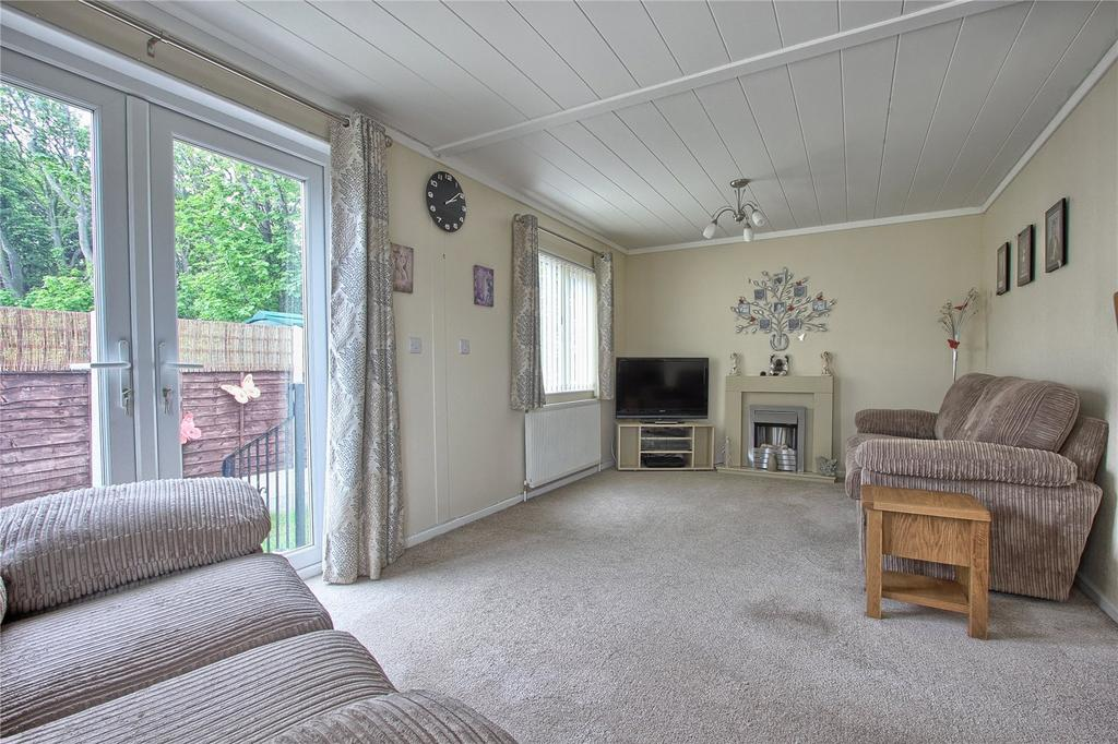 2 Bedrooms Detached Bungalow for sale in Hazelgrove Residential Park, Milton Street