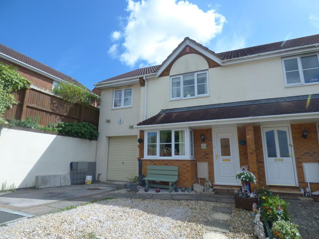 3 Bedrooms Semi Detached House for sale in Avery Hill, Kingsteignton, TQ12 3LA