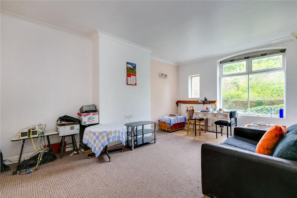 1 Bedroom Flat for sale in Palliser Road, Barons Court, London
