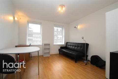 2 bedroom terraced house to rent - Malmesbury Road, Mile End, E3