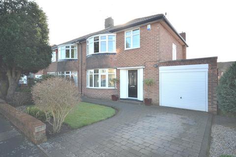3 bedroom semi-detached house for sale - Melton Park