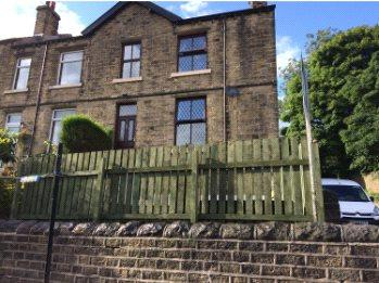 4 Bedrooms Terraced House for sale in Myrtle Road, Golcar, Huddersfield, HD7