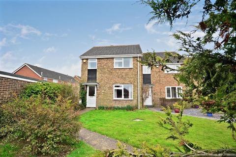 3 bedroom end of terrace house to rent - Poyntell Road, STAPLEHURST